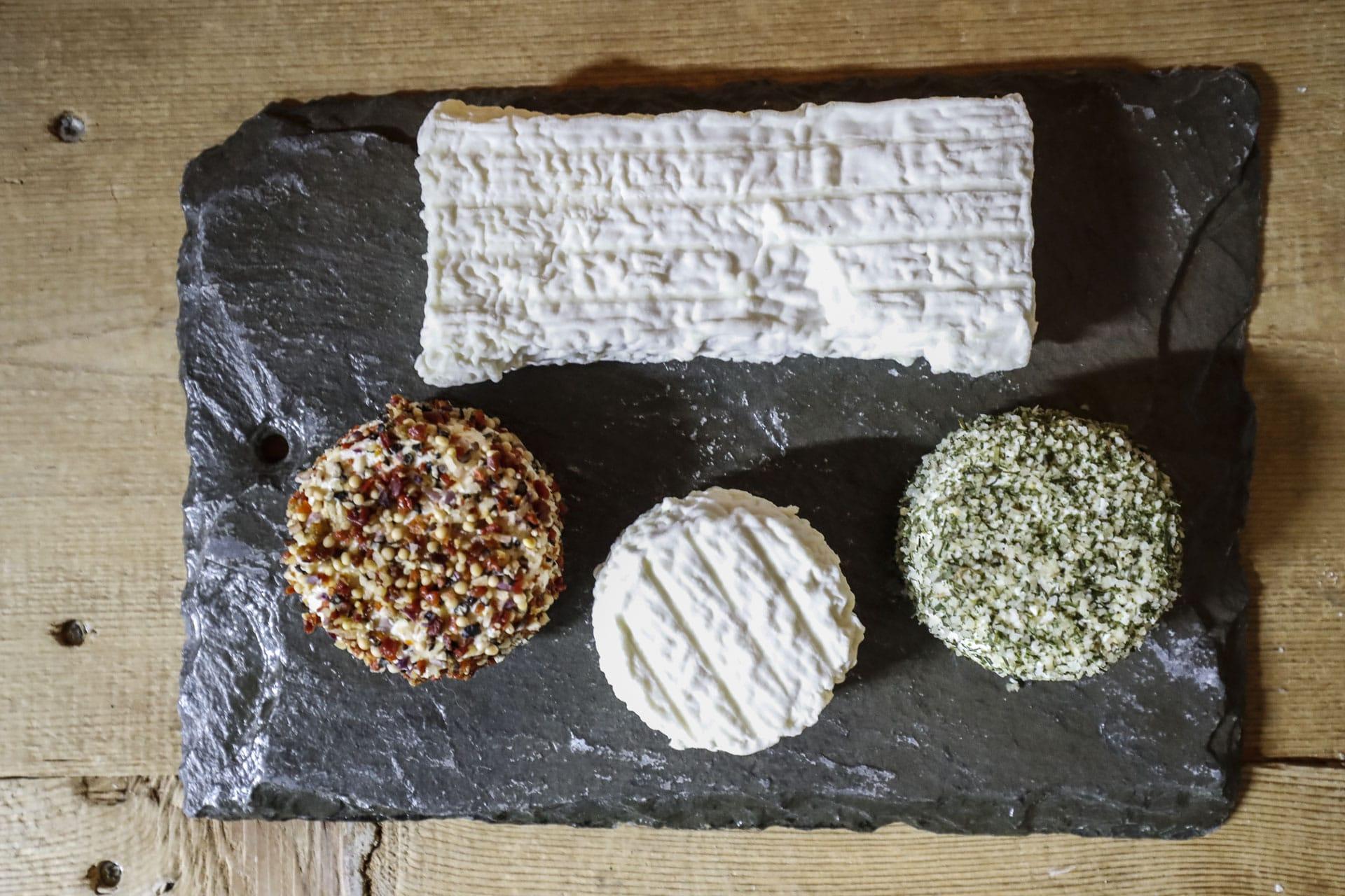 Plateau de fromages frais de brebis