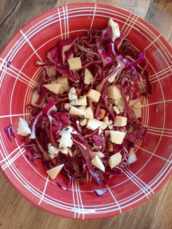 Idée recette, salade d'hiver au fromage de brebis.